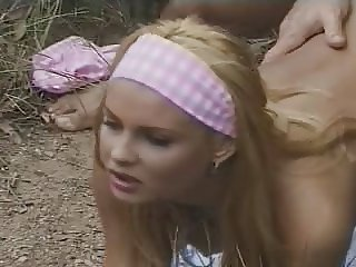 Blond teen pornstar Nikki outdoor sex (the making of)