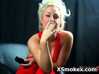 Hot Busty Woman Smoking Porn Nasty
