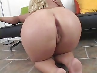 Another clip with Georgia Peach