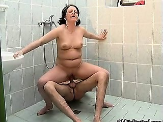 Nasty mature slut gets horny sucking part4