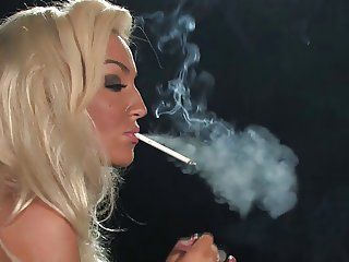Hot Blonde Babe Solo Smoking 120s