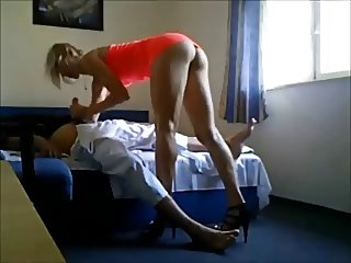 Old guy fucks hot escort on hiddencam