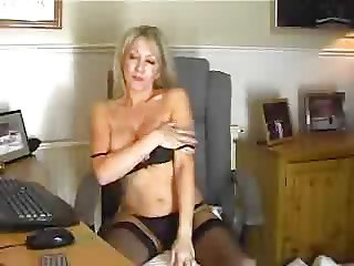 Stunning Older Woman Plays With Dildo