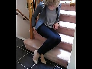 Amateur CD stroking in pantyhose