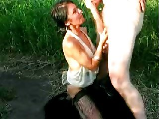 Polish Hooker blowjob cumshot no condom