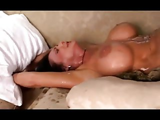 Fucked So Good She Drenches Herself In Her Squirt