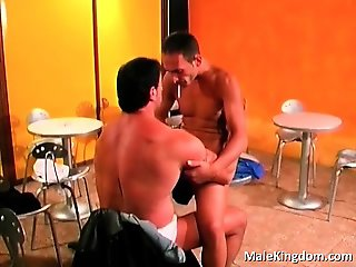 Filthy guy sucking a monster cock sat part6
