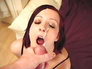 Homemade girlfriend blowjob and facial while watching porn