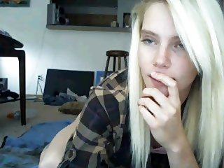 Slim blonde teen on cam