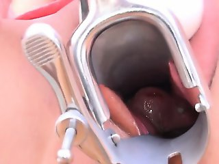 Brunette glamour using huge gyno toys