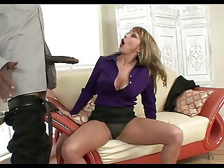CHEATING WIFE LOVES BLACK COCK!!!!