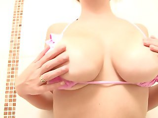 Busty Brooke lets you watch her wash in the shower