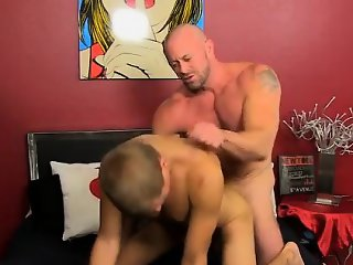 Gay sex Blade is more than blessed to share his twink meatpi