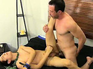 Giovanni Lovell gets fucked anally by a mature stud
