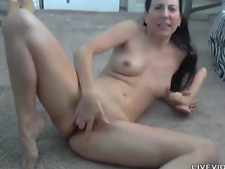 Sexy Italian milf next door Gianna