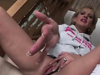 Old british housewife masturbates