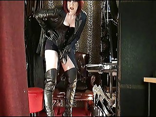 Mistress Vivian in Leather with Strap-on