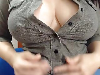 Nice nipples on lady with big tits tease play