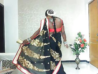 saree crossdresser