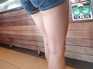 Bare Candid Legs - BCL#064