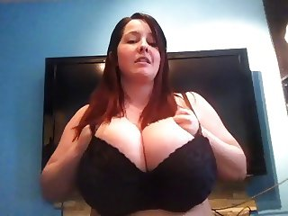 Perfect chubby show huge bra and boobs