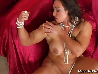 Brandi Mae 16 - Female Bodybuilder