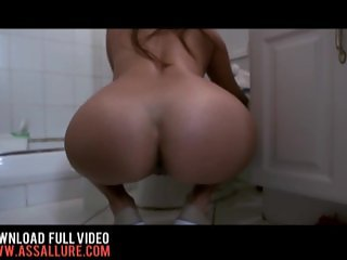 Isabella Taylor Innocent Latina Maid Swallows