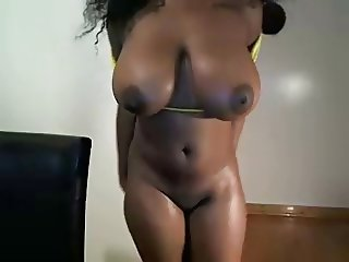 girl with huge tits plays with her pussy until it squirts