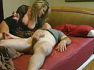 Milf wakes up her husband and rides him