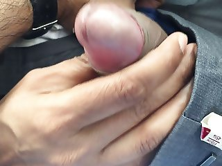 MILF giving me Handjob(quickie) in Car
