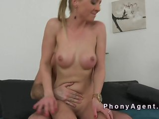 Stunnung blonde banged on casting