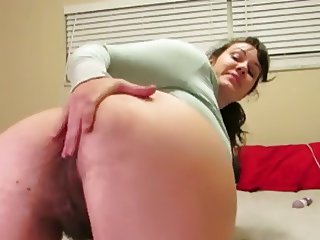 girl shows hairy ass