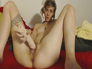 Daddys girl masturbates with moms big dildo