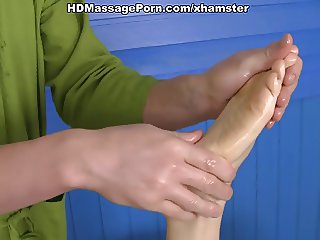 Awesome massage porn with lusty babe scene 2