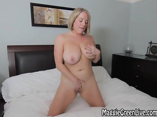 All Natural Maggie Green Plays With Pussy!