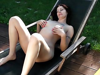 Real mature neighbour mom with hungry ass and pussy