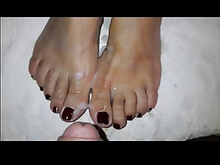 Precum and cum on Emma's feet on toes