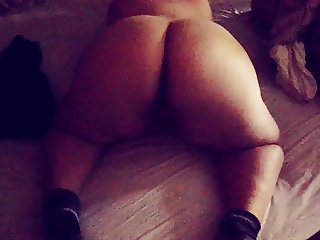 BBW Teen twerk fat ass gf booty shake strip naked