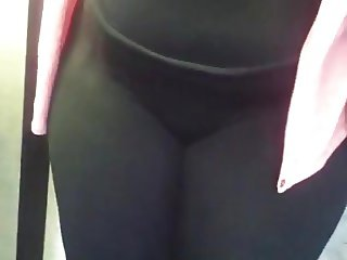 Bbw Cameltoe in leggings