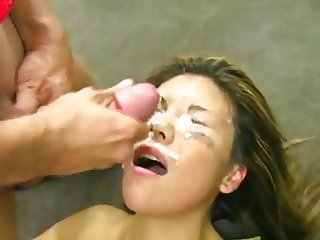 Finger my pussy and cum on my face