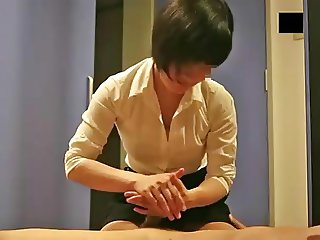 Handjob massage - censored
