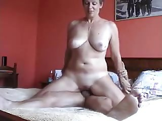Free mature vs young Tube Movies