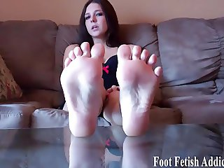 Pamper my feet and I might give you a footjob