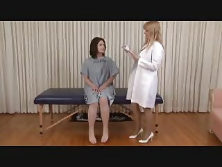 doctor check up  for girl