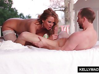 KELLLY MADISON Sundown Stroking