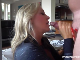 Wifey Swallows A Huge Cum Shot After Workout