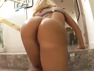 Dirty girls who love anal gets fucked