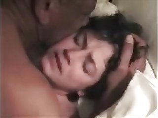 WIFE MONA ORGASMS CRY