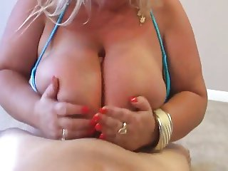 Thick and busty blonde wants your cock