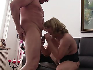 Reife Swinger - Intense foursome with mature German swingers